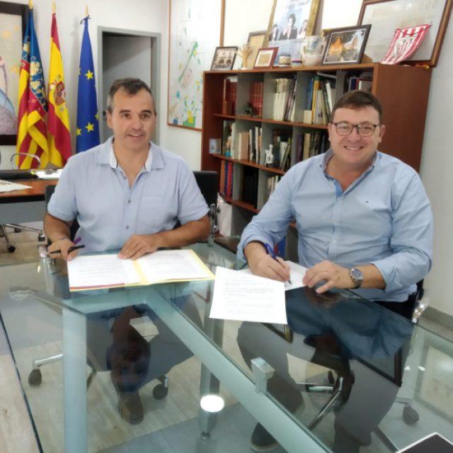 Firma del Convenio con el Ayuntamiento